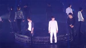 super_junior_stage_fail_704